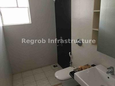 palazza city bathroom