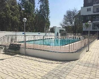 Bren Paddington swimming pool